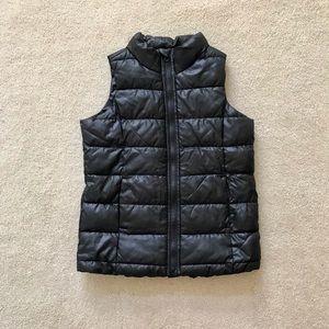 Boy's Old Navy Puffer Vest